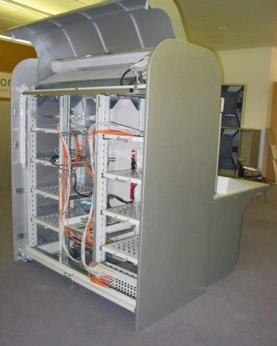 1-Technikschrank-mit-Kühlung-768x1024